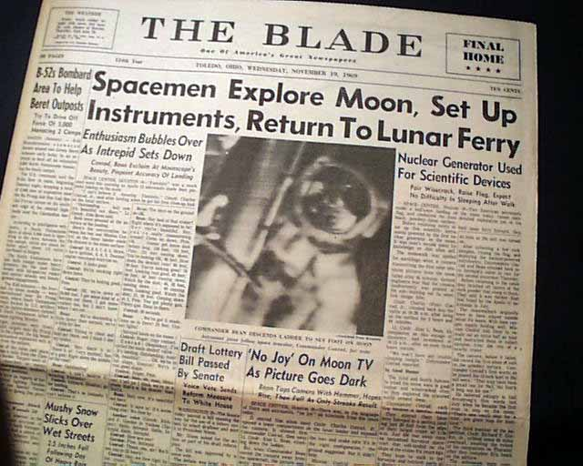 1969 Apollo 11 landing on the Moon     - RareNewspapers com